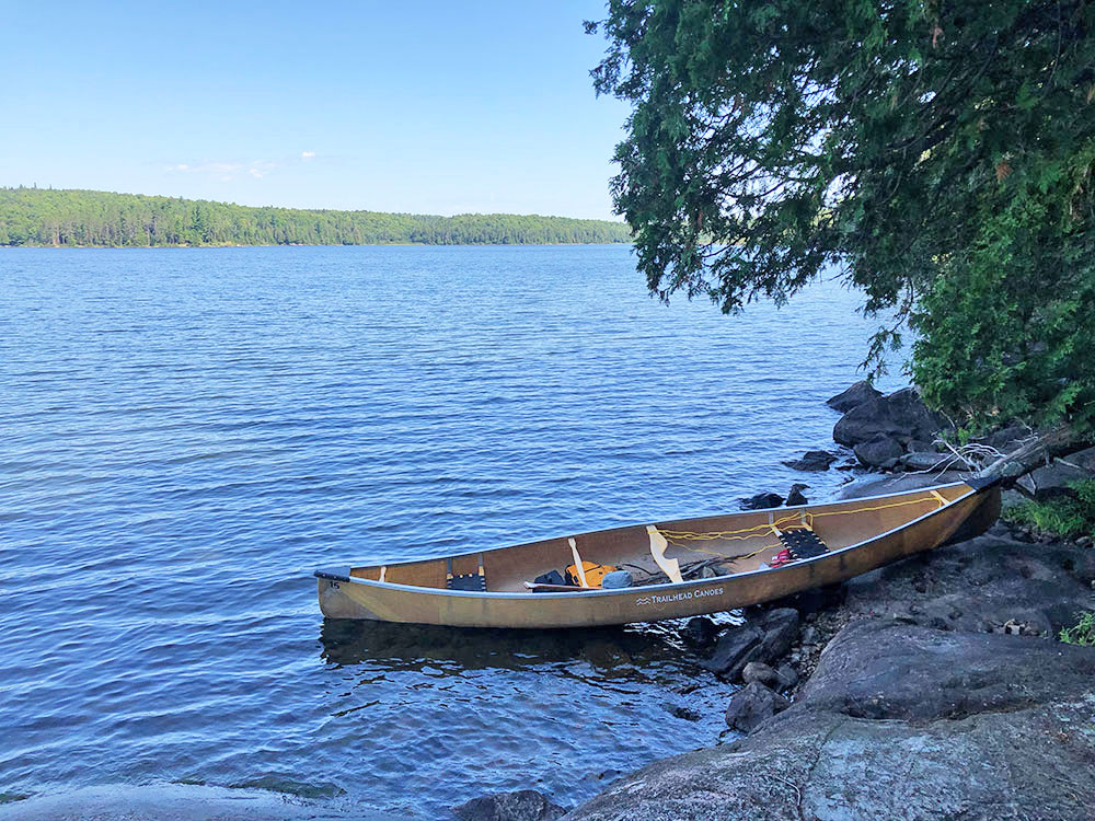 Poor canoe landing on Lake Louisa campsite #7