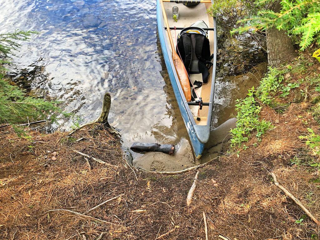 Poor canoe landing choice for campsite 28 on Burnt Island Lake